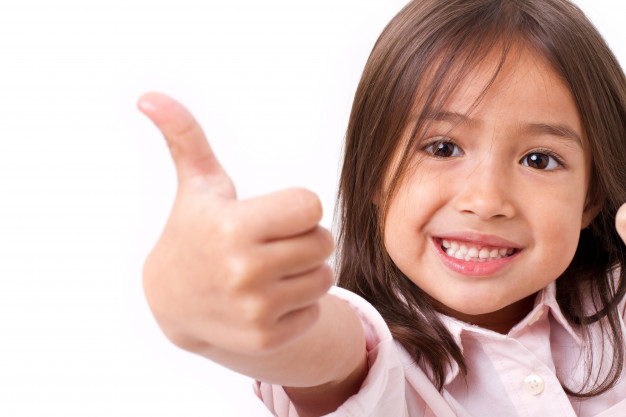 happy-smiling-young-little-girl-giving-thumb-up-gesture-isolated_46728-192.jpg