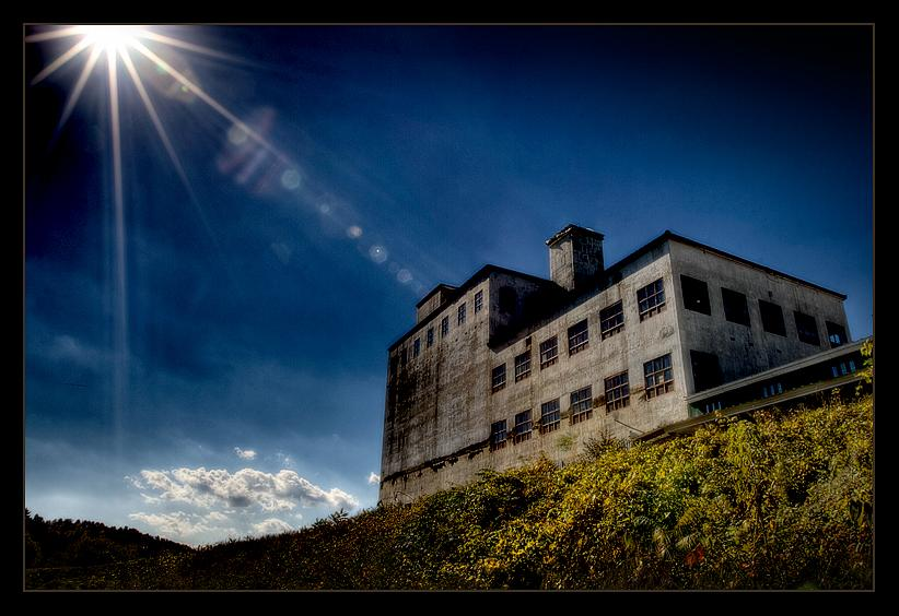 Abandoned Factory (Vermont) by glennn23