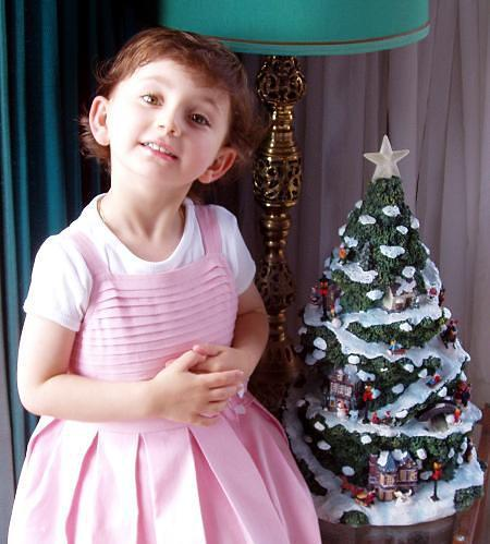 Xmas - My Daughter Saffron photo 2