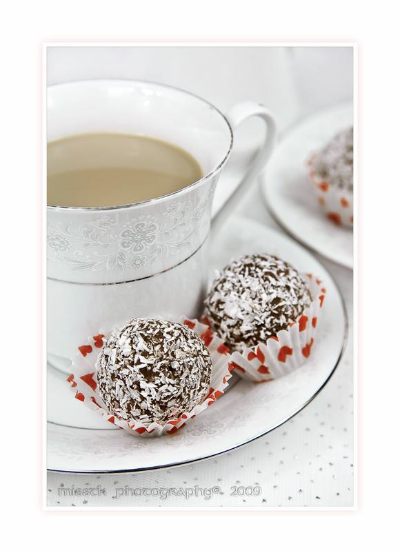 Rum balls with coffee