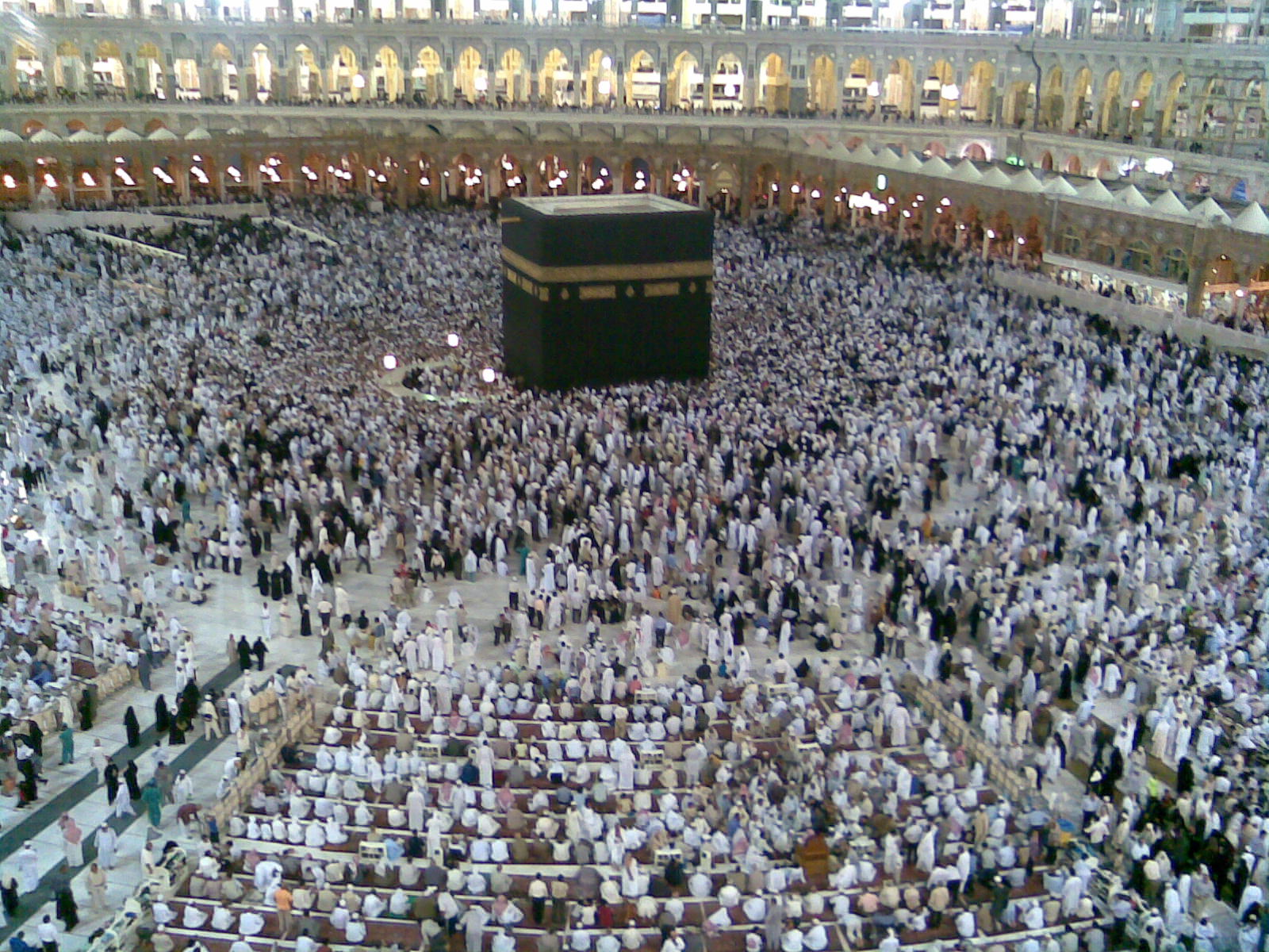 Prayer in the msjed haram during the Umrah