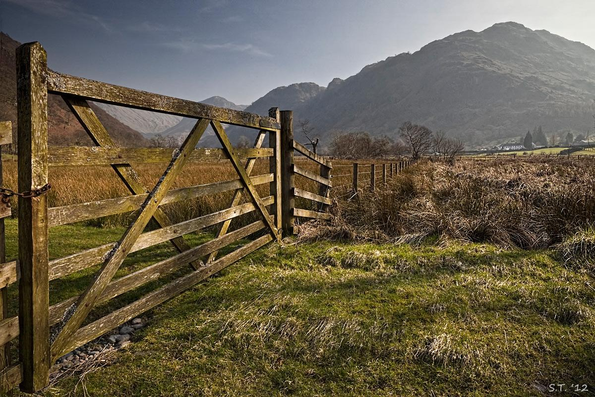 Gateway to Borrowdale by tommorules