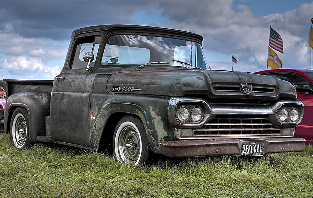 F-100 Ford