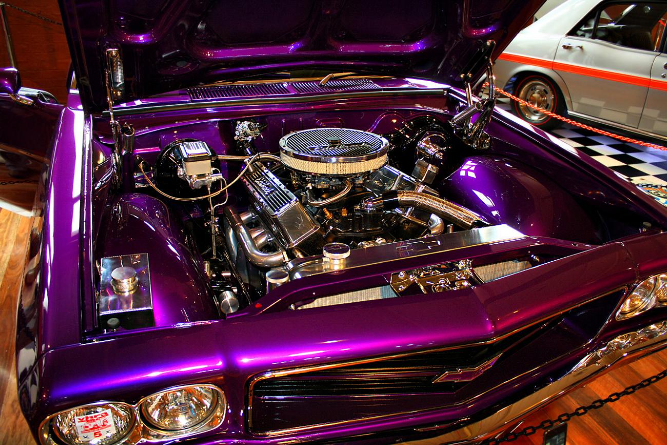 350 Chev engine.