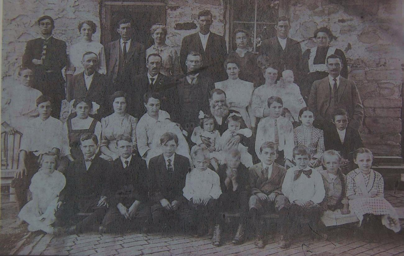 Early 1900 Family
