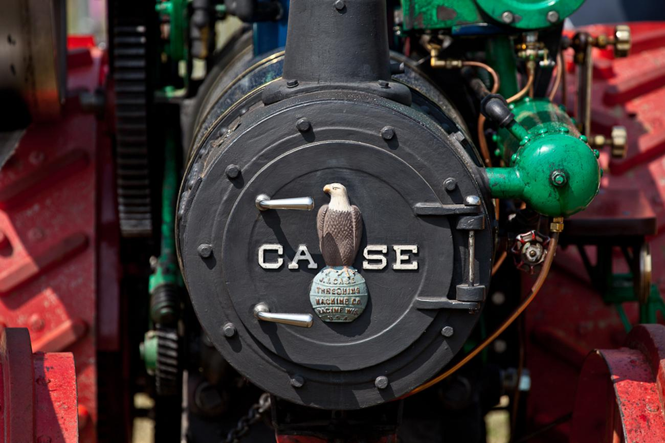 Case-Traction-Engine