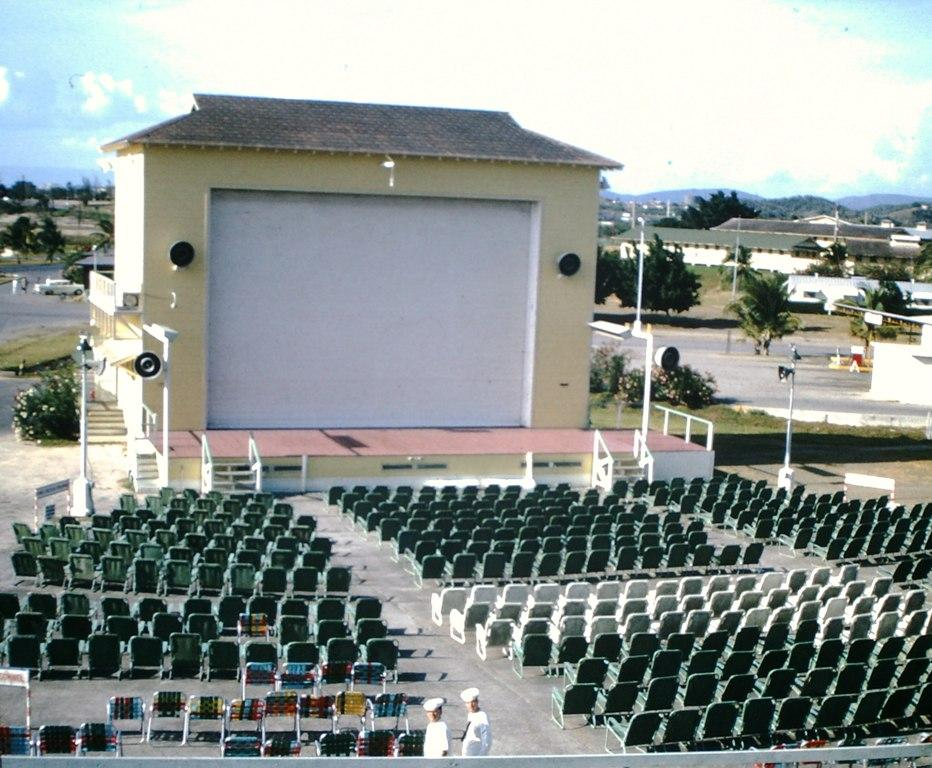 Outdoor movie, Cuba