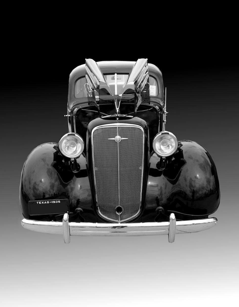 1935  Chevrolet front view #2