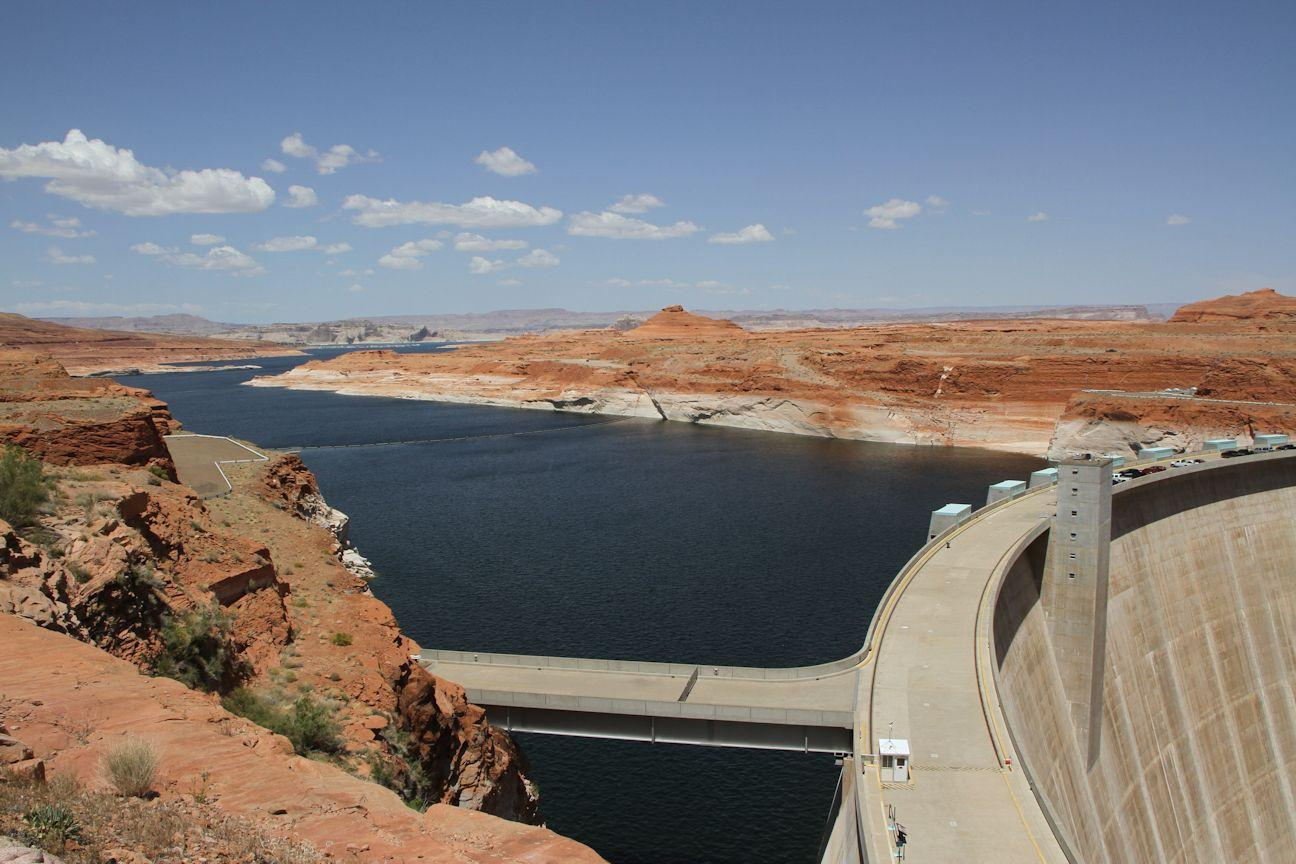 Lake Mead and dam