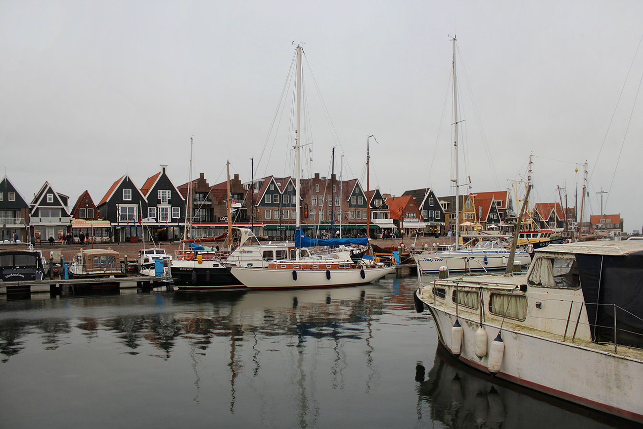 Beautiful fishing village, The Netherlands.
