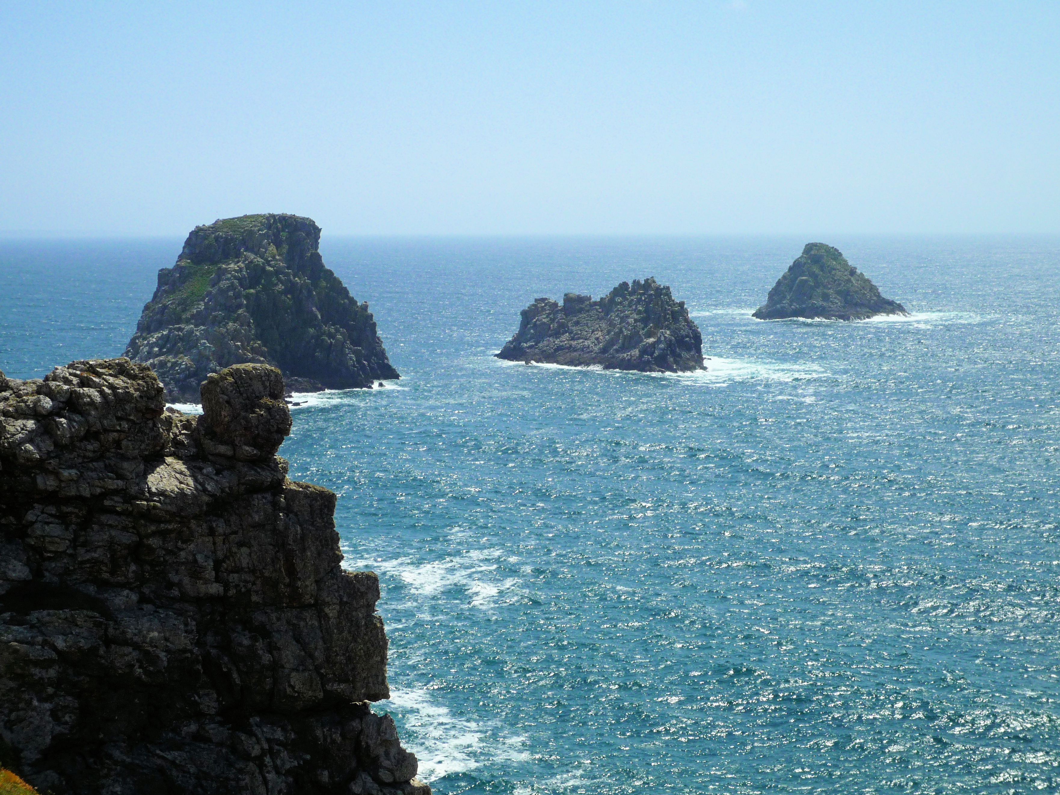 The piles of peas (Pen Hir Point) 3