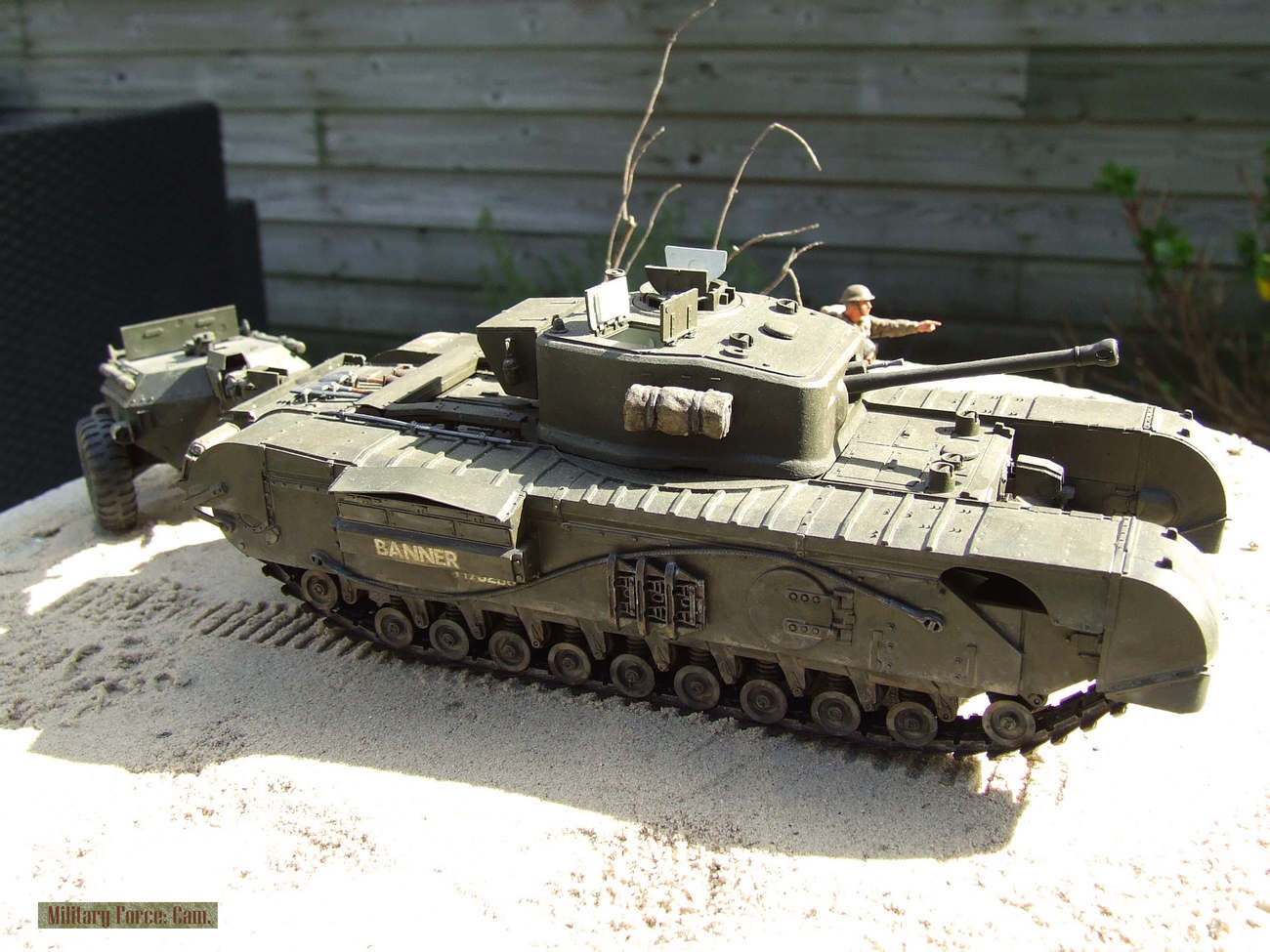 Churchill Crocodile with flame thrower.(3).