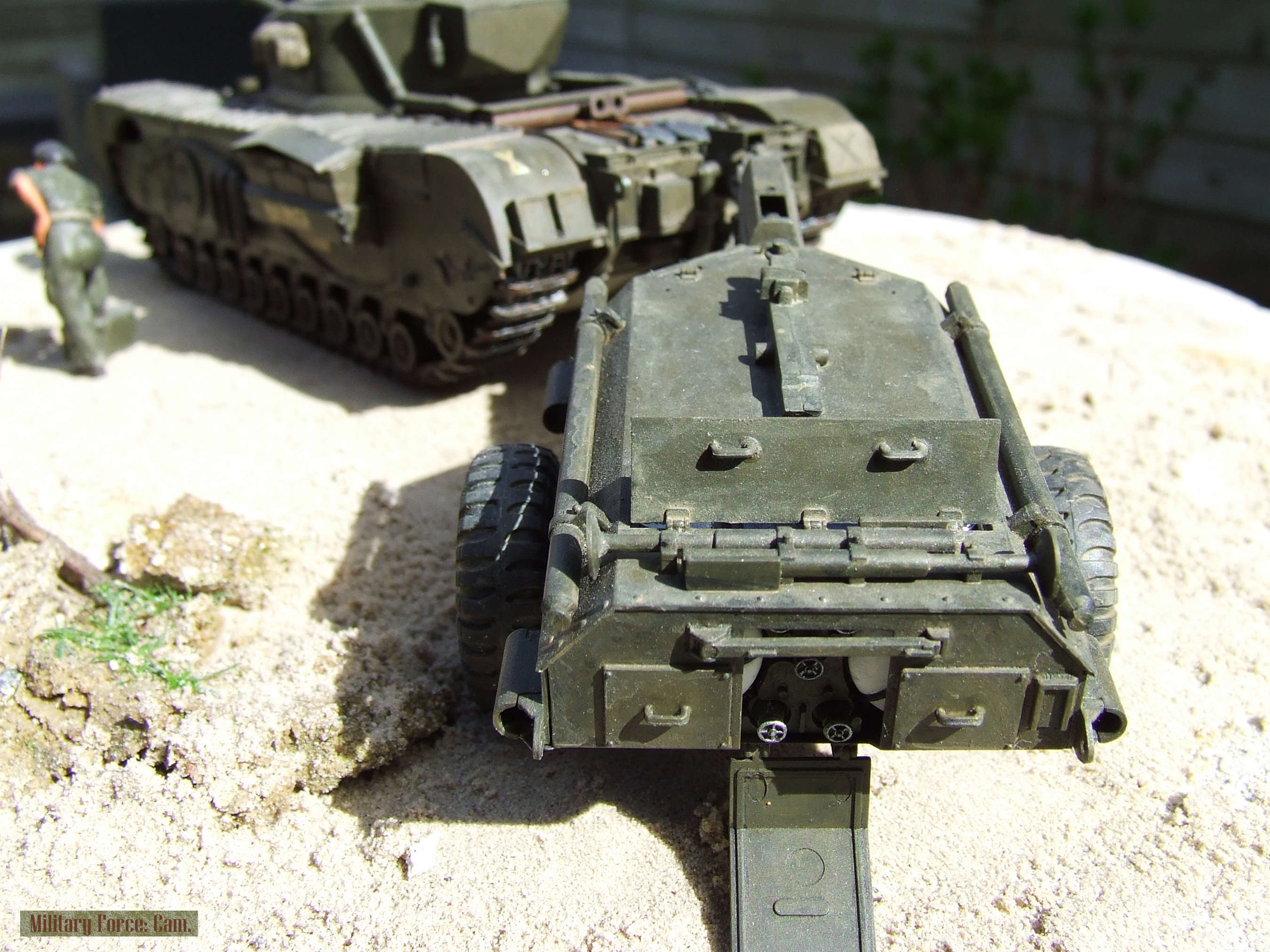 Churchill Crocodile with flame thrower.(8).