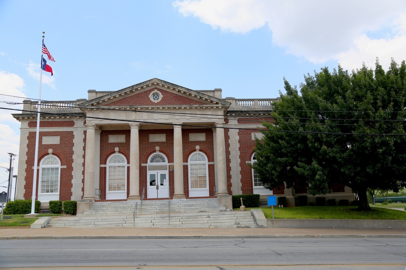 District Court House